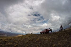bike tour peru, cusco biking, mountain biking over pass