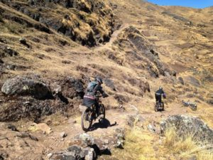 mountain bike tour cusco lama with rocky single track
