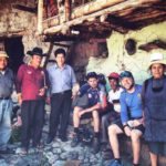 Bike tour group stopping for lunch, all inclusive bike tour, peru bike tour package